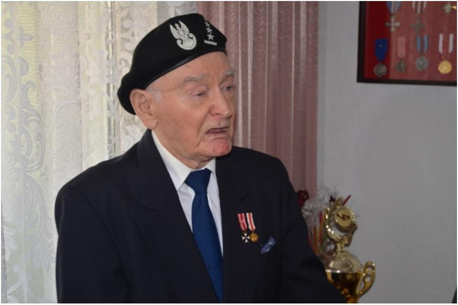 "Medal ""Pro Patria"" dla pabianiczanina"