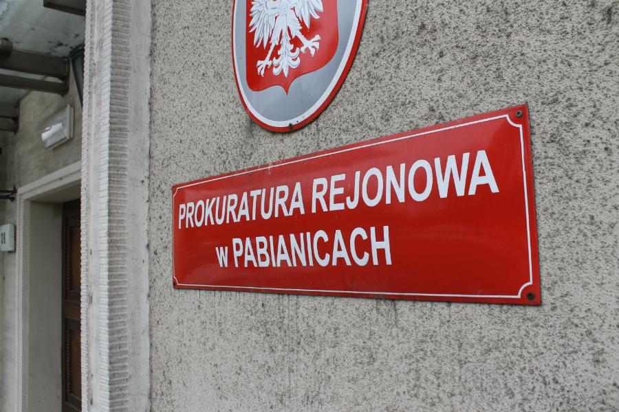 Prokuratura bada, czy doszło do złamania tajemnicy lekarskiej w PCM
