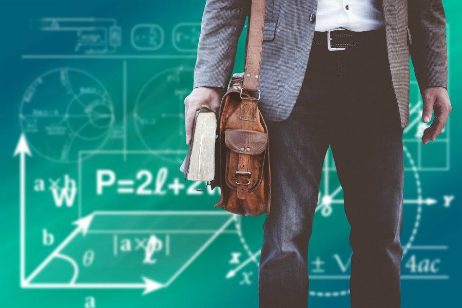 Reforma oświaty rozchodzi się po nauczycielskich kościach