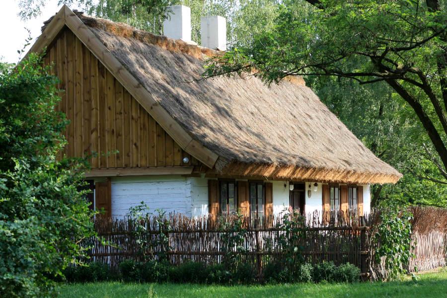 Atrakcje w okolicy: Stara chata z Ldzania