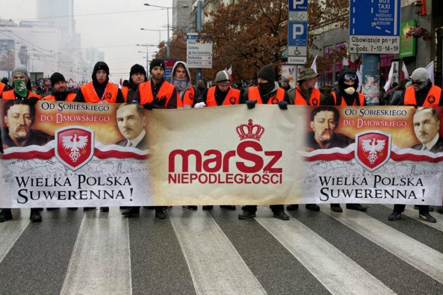 Jadą na marsz, by uczcić 100-lecie odzyskania niepodległości