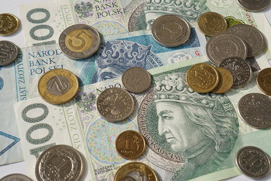 Pabianicka rodzina w ciągu roku wydaje prawie 3 tys. zł na usługi komunalne. Będzie drożej