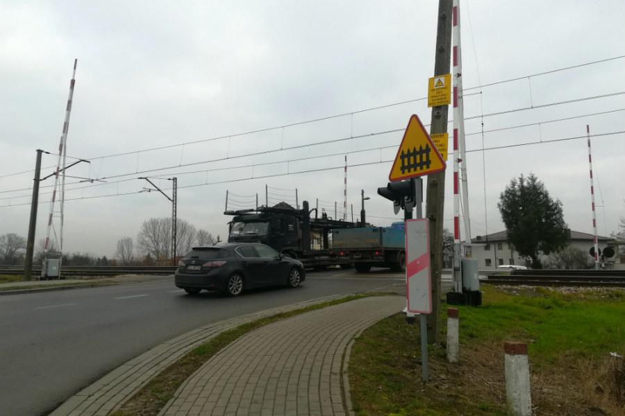 Przejazd pod Lutomierską do końca 2024 roku. Samorząd dokłada pół miliona złotych