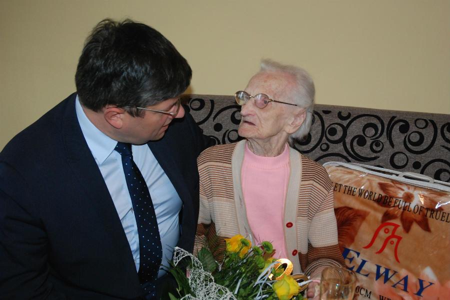Pani Bronia ma dziś 100. urodziny