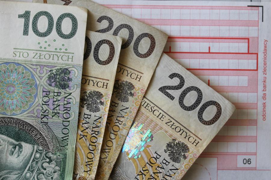 Przywłaszczone pieniądze odzyskane na podstawie monitoringu