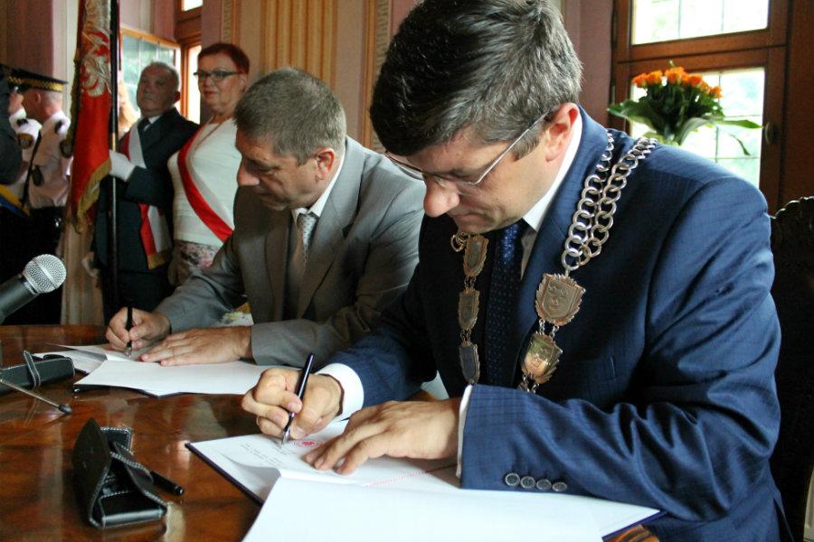 Prezydent Pabianic zrywa umowę z ukraińskim merem