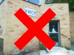 W Pabianicach zamknięto publiczne WC, bo niedochodowe. To poważne nieporozumienie