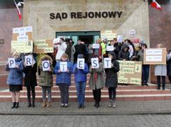 Dziś protestują pracownicy sądów, 8 kwietnia strajkują nauczyciele [VIDEO]