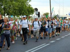 Bełchatowscy pielgrzymi zbuntowali się. Chcą wracać pieszo z Jasnej Góry