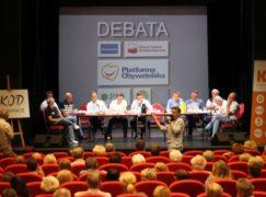 Pięciu posłów zjechało do Pabianic, by debatować nad pokonaniem PiS-u