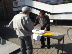 Młodzi ludzie dalej zbierają podpisy przeciwko finansowaniu in vitro