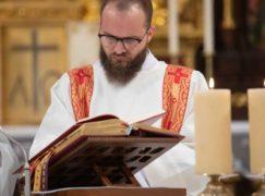 Kleryk Łukasz z parafii Miłosierdzia Bożego diakonem