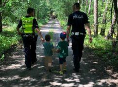 Akcja policji: rowerzyści jako pierwsi zauważyli zaginionych chłopców