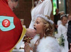Czy brak maseczki u księży naraża pierwszokomunijne dzieci?