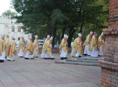 Arcybiskup ma COVID-19. Był na Konferencji Episkopatu Polski w Pabianicach