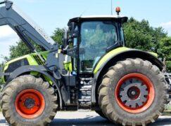 Rolnicy blokują drogi w pobliżu. Omijajcie te miejsca [VIDEO]
